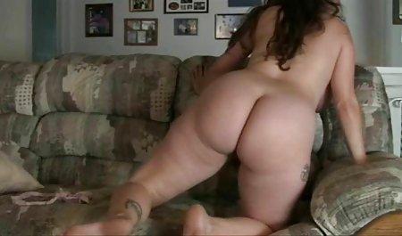બતાવી ટીન 'Reina' બોલ તેના નાના Tits અને જુઓ ભારતીય હોમમેઇડ પોર્ન ભોસ ચુત