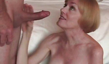 ડોઇશ ભારતીય પુખ્ત પોર્ન વીડિયો વપરાશકર્તાઓ માટે કવર પૃષ્ઠભૂમિ માં ડેન જોવાનું VERDUN