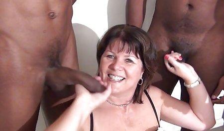લેસ્બિયન હોમમેઇડ નશામાં porn Babes વાહિયાત અને suck pry ગાંડ