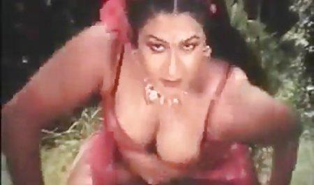 બટન પહોંચેલું ટીન jerks તેને ઘરે ! પોર્ન વીડિયો ભારતીય ઓનલાઇન
